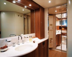 Освещение ванной комнаты: грамотное решение для сложной функциональной зоны