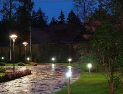Освещение ландшафта: комбинация из нескольких систем