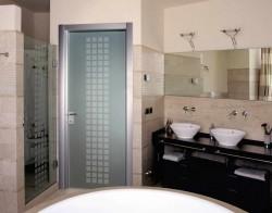 Выбор двери в ванную