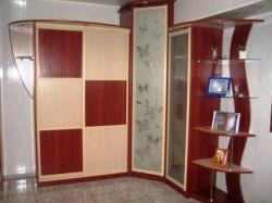 Корпусная мебель на заказ: преимущества и особенности