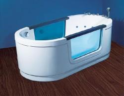Акриловые ванны в оформлении помещения