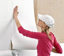 Как подготовить стены к оклеиванию обоями?
