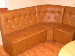 Угловой диван для кухни, цветовые решения