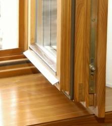 Деревянный стеклопакет и его особенности