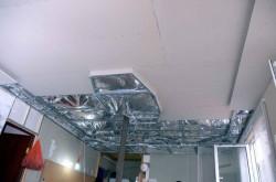 Делаем потолок