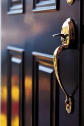 Особенности стальных дверей