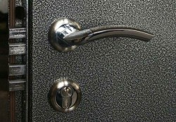Основные критерии выбора входных дверей