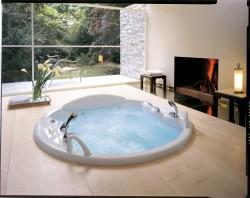 Гидромассажные ванны: дополнительные функции