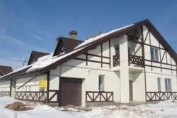 Чем отличаются коттеджные  поселки и дом в деревне Тульская область