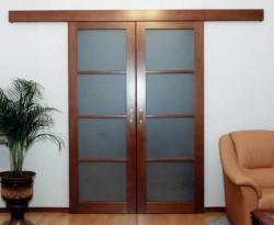 Двери эконом класса: чем плохи двери из сосны?