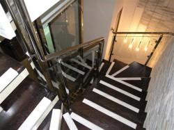 Современные ограждения для лестниц. Особенности и предназначение.