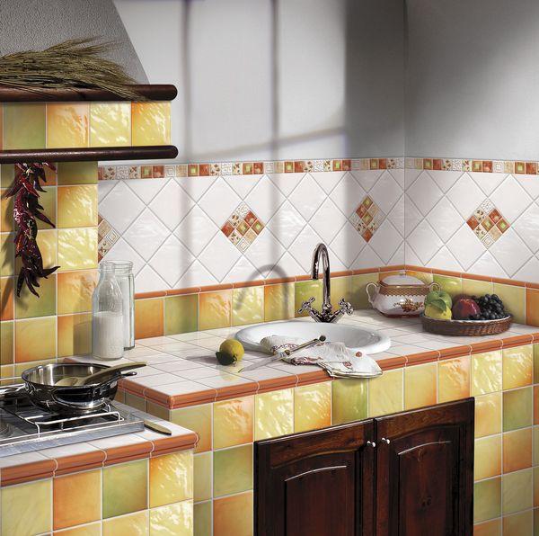 Кухня в хрущевке дизайн фото.