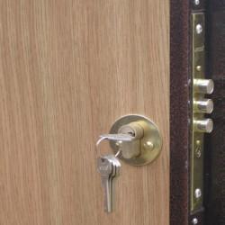 Замки на металлические двери