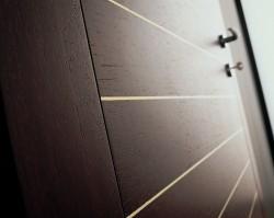 Ассортимент современного рынка входных дверей