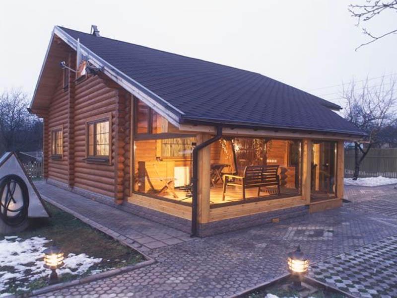 Строящиеся дачные дома из оцилиндрованного бревна