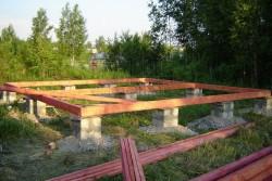 Столбчатый фундамент для деревянного дома