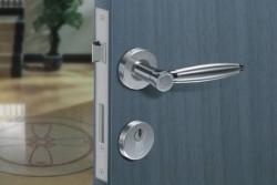 Основные компоненты современных дверных конструкций