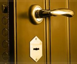Какая входная дверь лучше?
