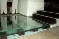 Применение закаленного стекла в дизайне интерьера