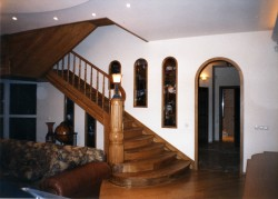 Деревянные лестницы в современном интерьере