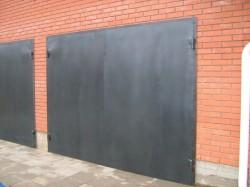 Способ установки гаражных ворот