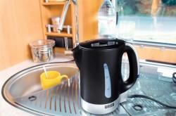 Способы устранения запаха пластмассы в чайнике