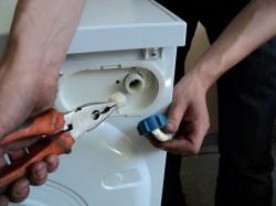 Самые популярные неисправности стиральных машин. Способы их устранения