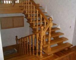 Как правильно установить деревянные лестницы?