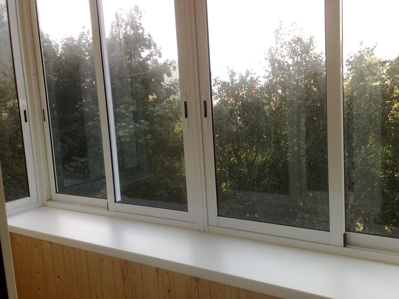 Теплое остекление лоджии и балкона требует качественного уте.