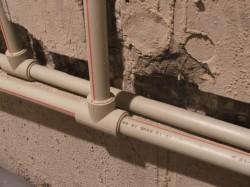 Как выполнить монтаж водопроводных коммуникаций