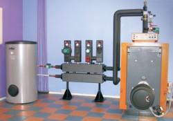 В наши дни существует множество систем отопления загородного дома, при этом каждая из них имеет как достоинства, так и недостатки.