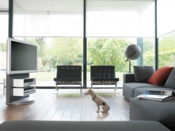 Разновидности стоек и полочек под телевизоры и их характеристика