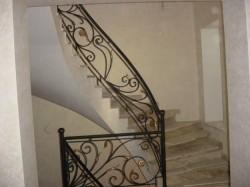 Как правильно спроектировать кованую лестницу?