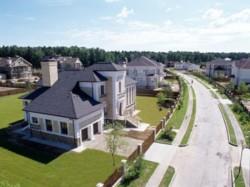 Особенности приобретения дома в коттеджном поселке