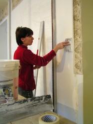 Как очистить стены от старой известки