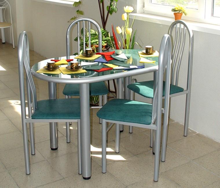 Выбираем обеденный кухонный стол