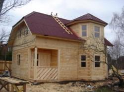 Тонкости строительства домов из бревна