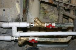 Как самостоятельно сделать разводку водопровода