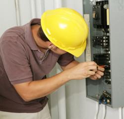 Квартирный ремонт и электромонтаж