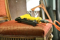 Зачем нужна перетяжка мебели?