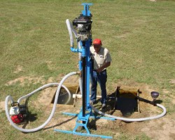 Как пробурить водяную скважину