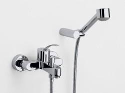 Разновидности смесителей для ванной комнаты