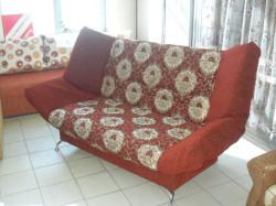 Что собой представляет диван с механизмом клик-кляк?