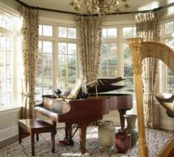 Музыкальные инструменты в интерьере квартиры