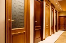 Подбираем межкомнатные двери – дешево и сердито