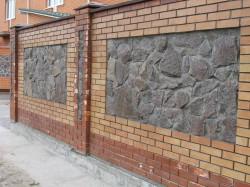 Ограждение из кирпича или бетона что лучше выбрать