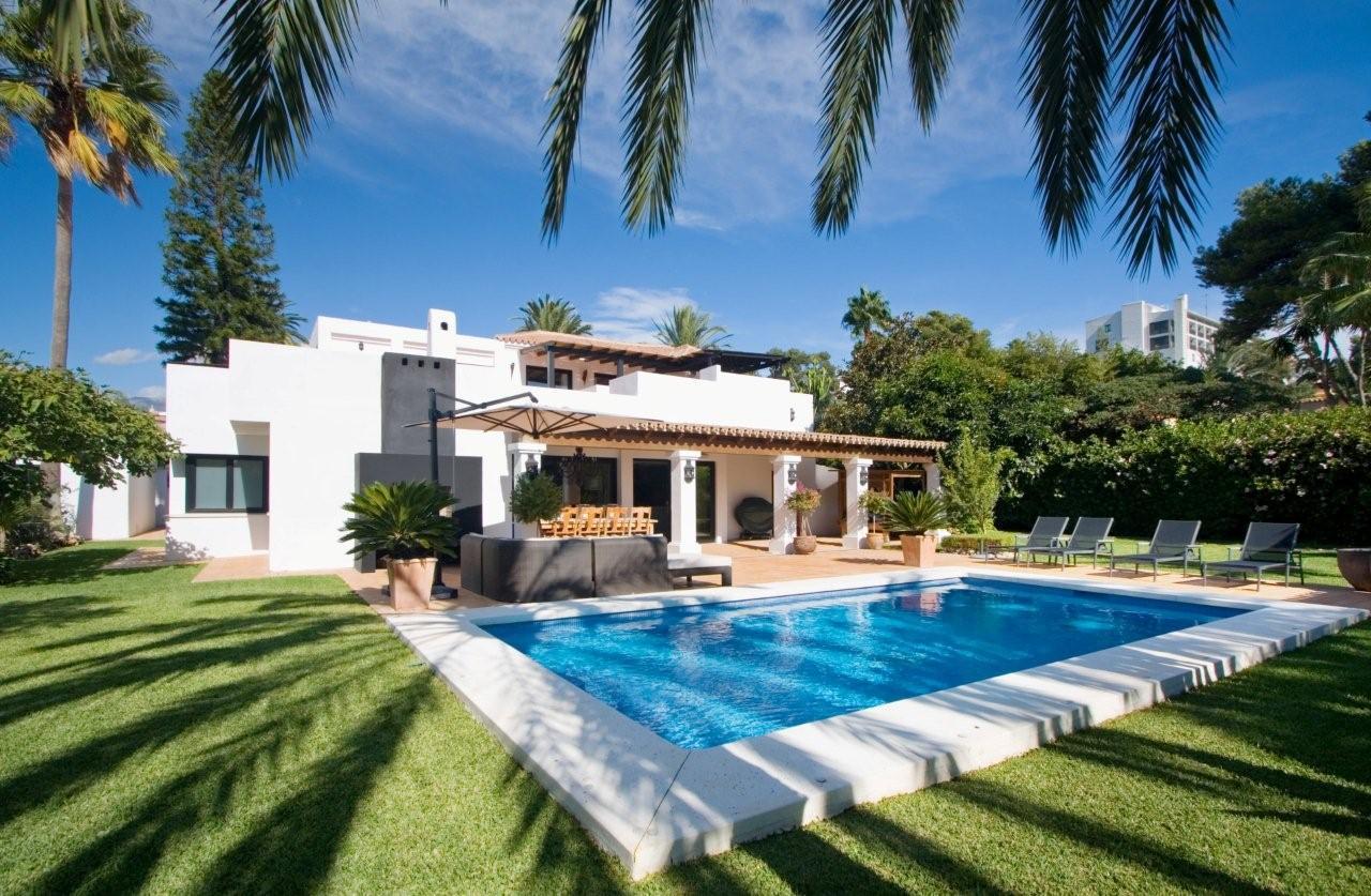 дома в испании купить трепещут