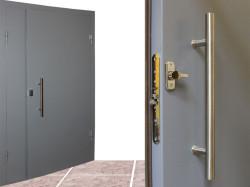 Советы по выбору металлической двери