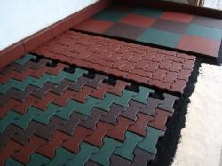 Преимущества, укладка и эксплуатационные свойства резиновой плитки