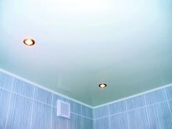 Из чего сделать потолок в комнате
